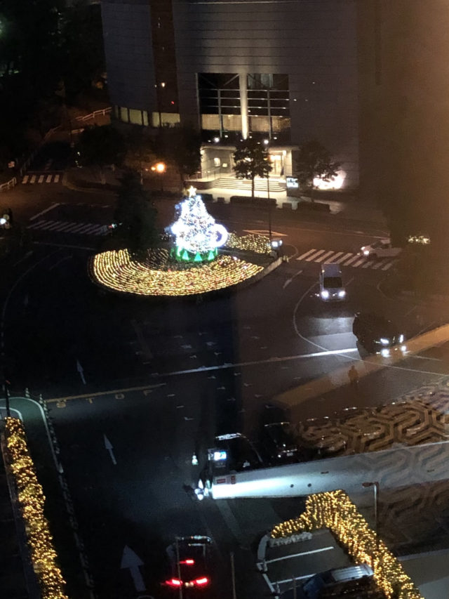 ホテルニューオータニ東京_ザ・メイン_新江戸スタンダードルーム_夜景クリスマスツリー